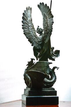 """Skulptuur """"Püha Jüri võitleb lohega""""-275"""