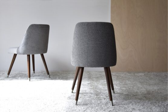 set-2-dining-chairs-grey-color-wooden-legs (3)