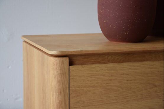 tv-cabinet-matt-natural-oak-and-black-steel-base (2)